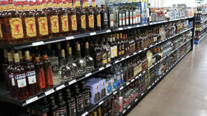 Shopping centres' association lauds Delhi govt's 'pathbreaking' excise reforms