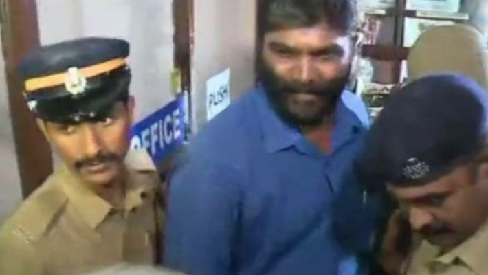 Trivandrum Press Club secy arrested for 'moral policing'
