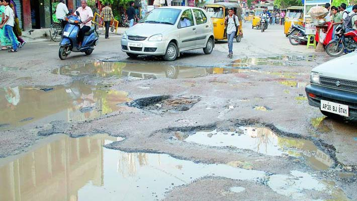 Supreme Court expresses concern over large number of deaths due to potholes in last 5 years