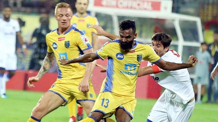 Kerala Blasters loses 2-3 after leading 2-0 in Super Cup