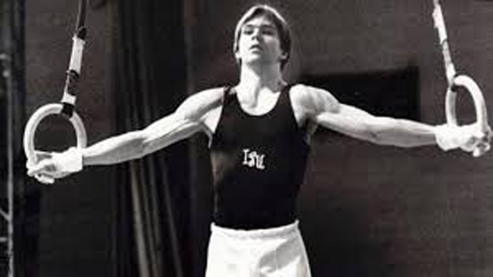 Kurt Thomas, first US man to win world gym title, dies at 64