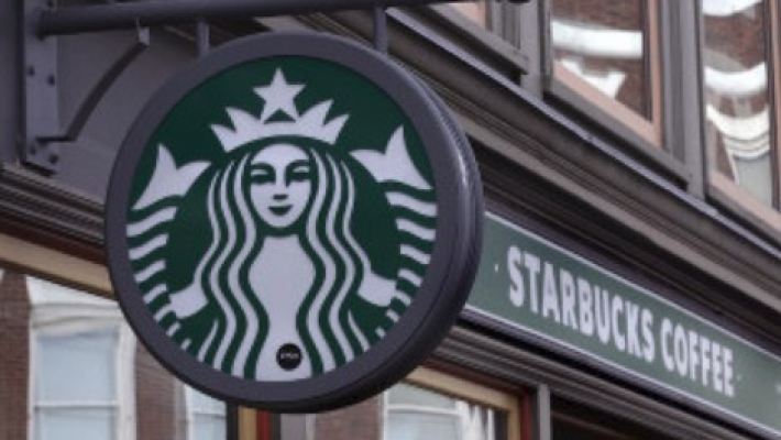 Starbucks apologizes to police for incident in Arizona shop