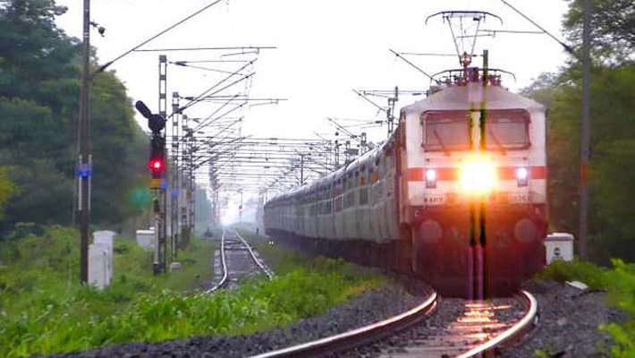 Seven railway staff suspended for running train without engine