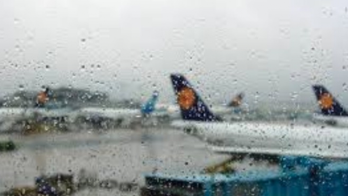 11 flights cancelled, 3 diverted due to heavy rains in Mumbai