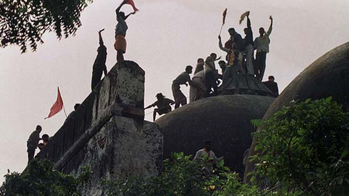 Ayodhya verdict: Kerala CM urges all to maintain peace
