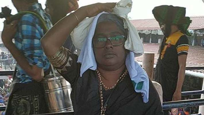 36-year old woman claims to have offered prayers at Sabarimala shrine