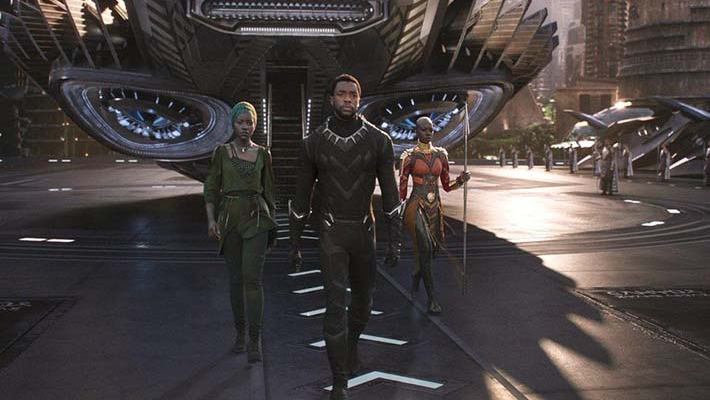 'Black Panther' breaks record at box office