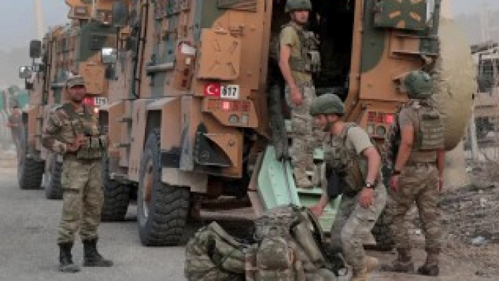 US troops in Syria come under fire from Turkish forces