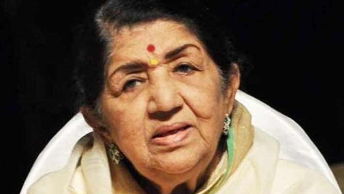 Lata Mangeshkar showing signs of improvement: hospital sources