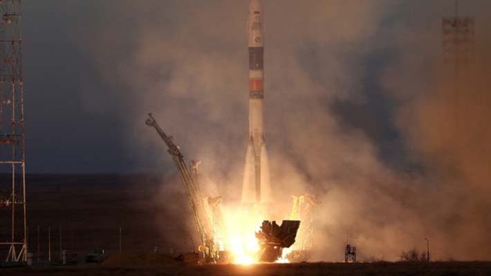 3 astronauts on Soyuz craft successfully reach ISS