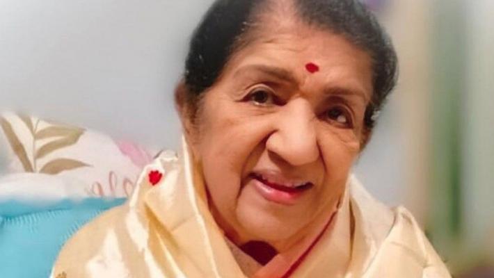 Lata Mangeshkar to donate Rs 1 crore to Pulwama martyrs' kin