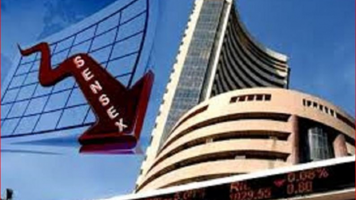 Sensex plunges 245 pts on political uncertainty, global cues