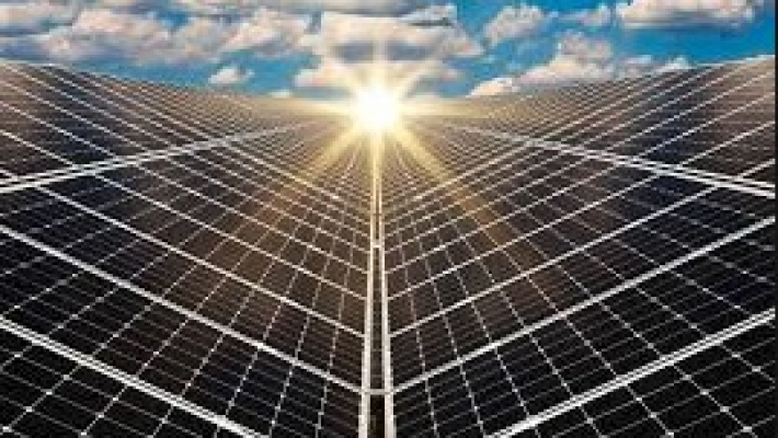 Novel low-cost material can harness solar energy efficiently