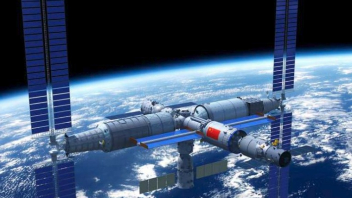 China's experimental space lab to re-enter earth's atmosphere tonight