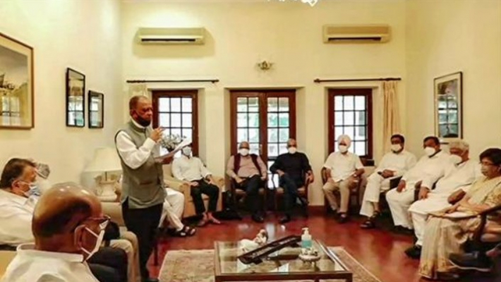 Pawar hosts oppn leaders; NCP says 'not a political or anti-BJP front meeting'