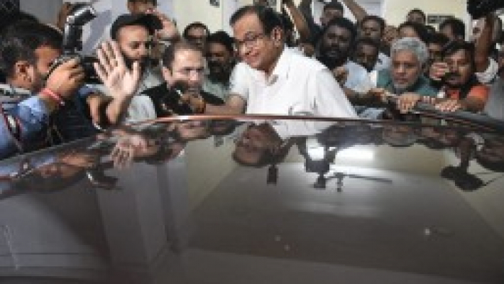 Manner of Chidambaram's arrest was depressing, insulting, say opposition leaders