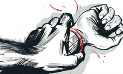 Woman attacked for resisting rape in UP