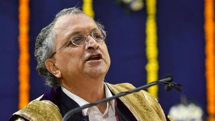 Migrant woes 'greatest manmade tragedy' in India since Partition: Ramchandra Guha