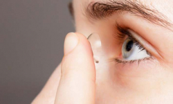 Glow-in-the-dark contact lenses can fight blindness