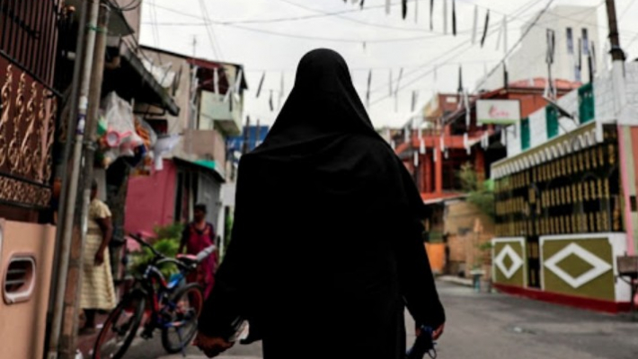 Lanka Cabinet approves proposal to ban face coverings in public places