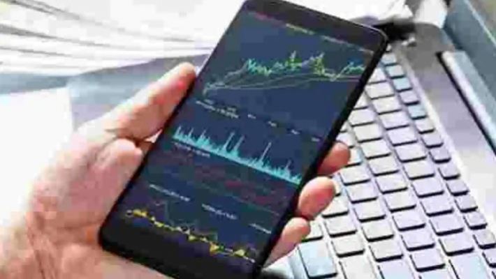 Equities rally for 3rd day as earnings eclipse COVID gloom; Bajaj Finance jumps 8%